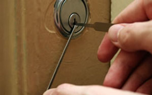 Door locks Basingstoke